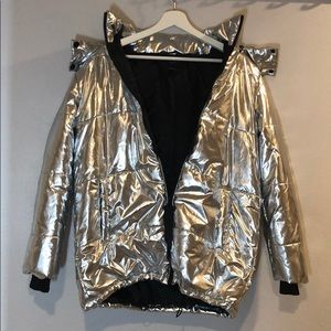 Metallic puffer jacket w/ hood